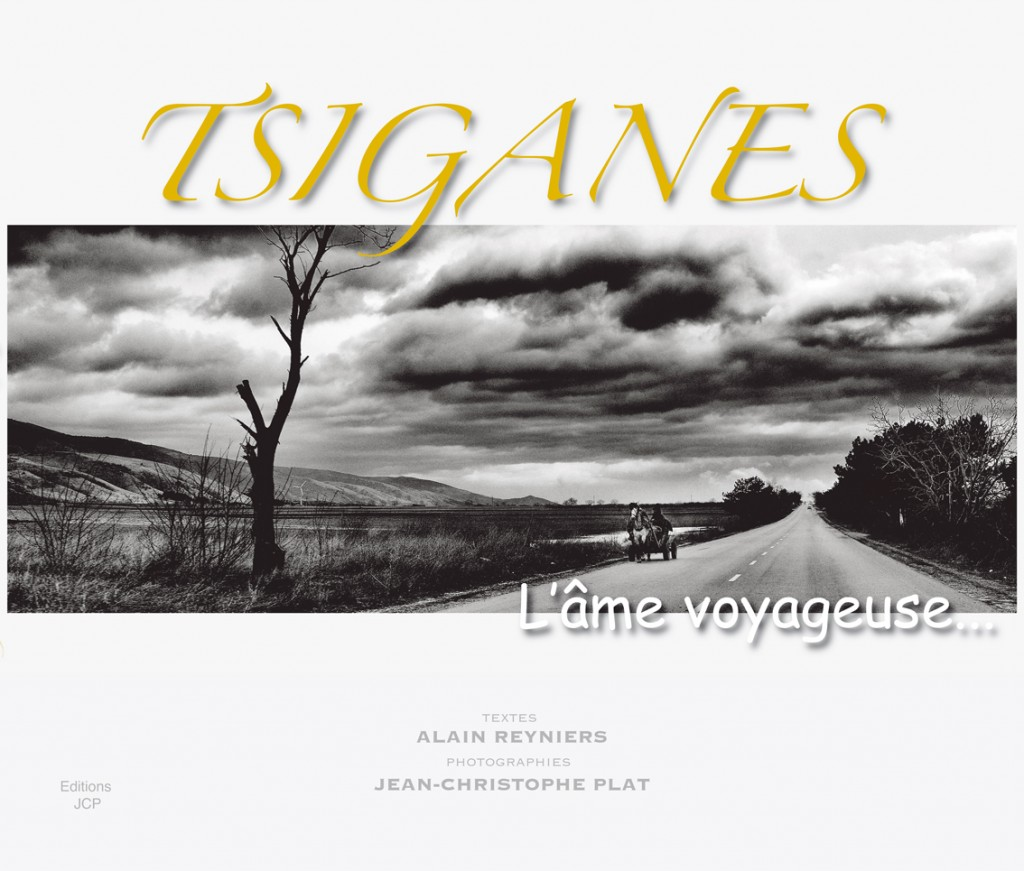 TSIGANES L'âme voyageuse 39,90€  (288 pages 31X24)